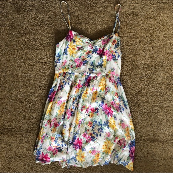Lucca Couture Dresses & Skirts - Urban outfitters floral dress XS